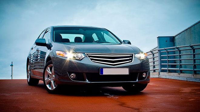 Cost-U-Less le ofrece la mejor opción en cobertura de seguros para autos