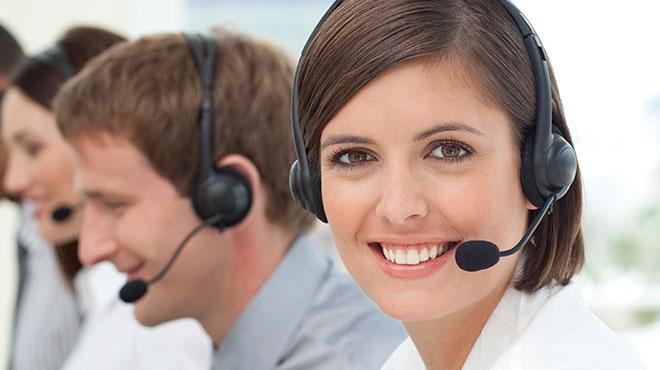 Representantes de Servicio al Cliente de Cost-U-Less