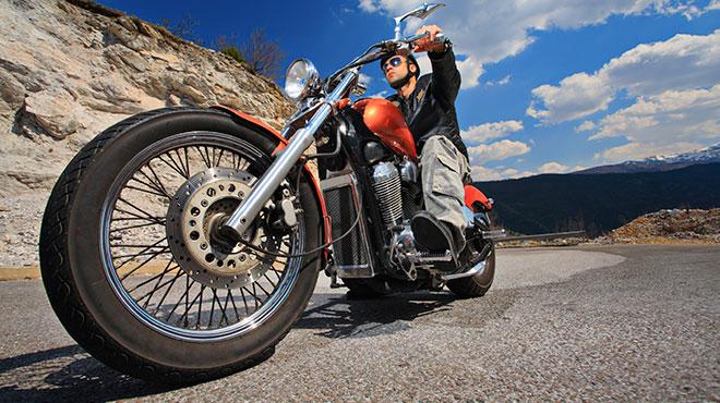 La mejor cobertura y las mejores tarifas en seguro de motos gracias a Cost U Less