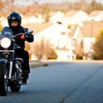 Algunos consejos de seguridad para conducir una moto