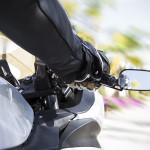 Viaje en moto y conduzca seguro
