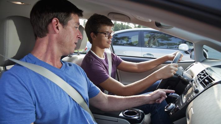 De conductores adolescentes a