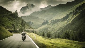 viaje-seguro-en-motocicleta